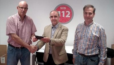 Santiago Pangua con los responsables de protección civil de Navarra